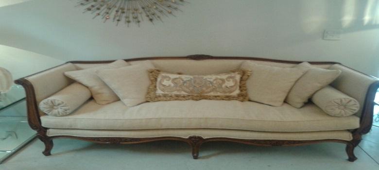 Sofa luis xv como usar aonde comprar for Sofas de estilo ingles